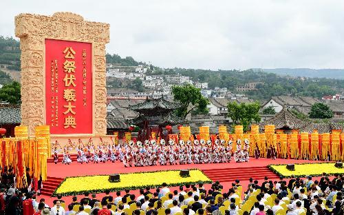 34通响鼓雄壮浑厚,象征着全国31个省区市和香港,澳门特别行政区及台湾